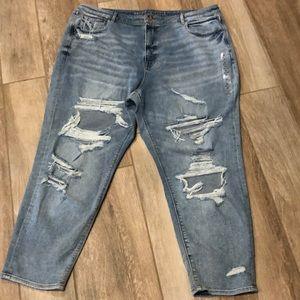 American Eagle Mom Jean 22 Jeans